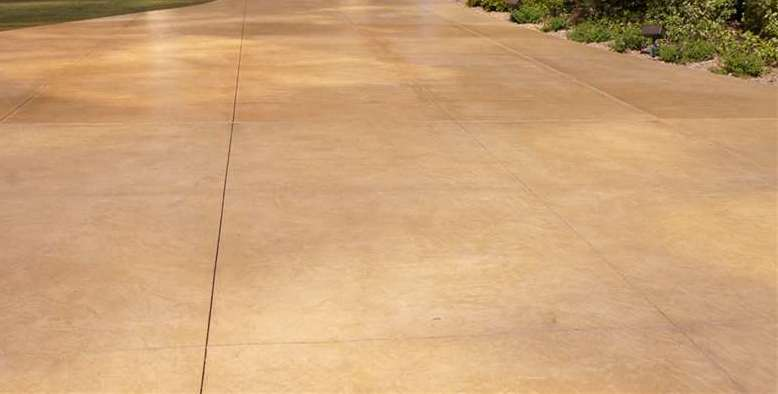 Integral Color Concrete Pathways - Walkways